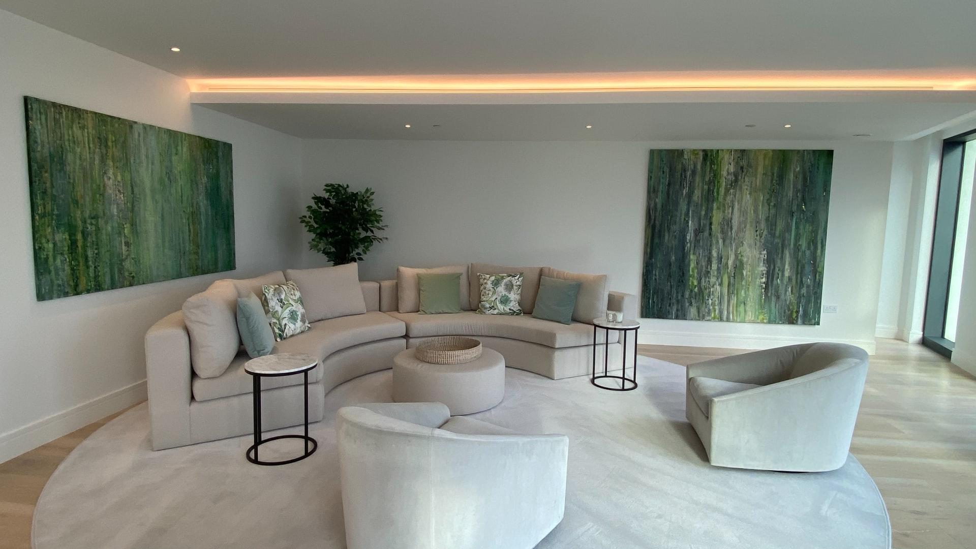 Wohnraum mit Lichtleiste